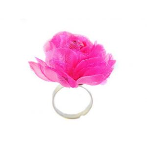 Inel cu trandafir din dantela